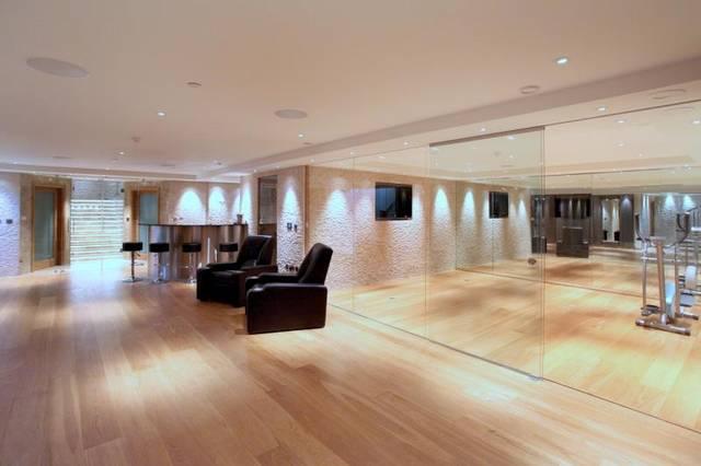 Leisure suite 5