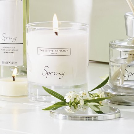spring-signature-candle
